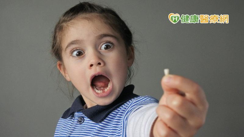 别小看乳牙蛀牙 当心孩子口腔问题